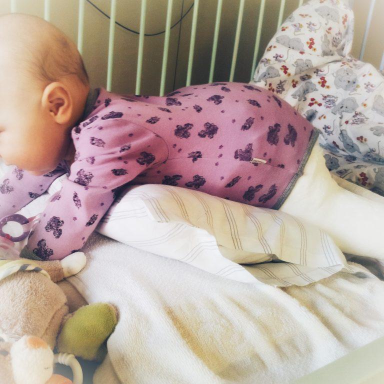 Operation, Hüftoperation, Hüftluxation, Hüftdysplasie, Baby, Becken-Bein-Gips, Fettweisgips