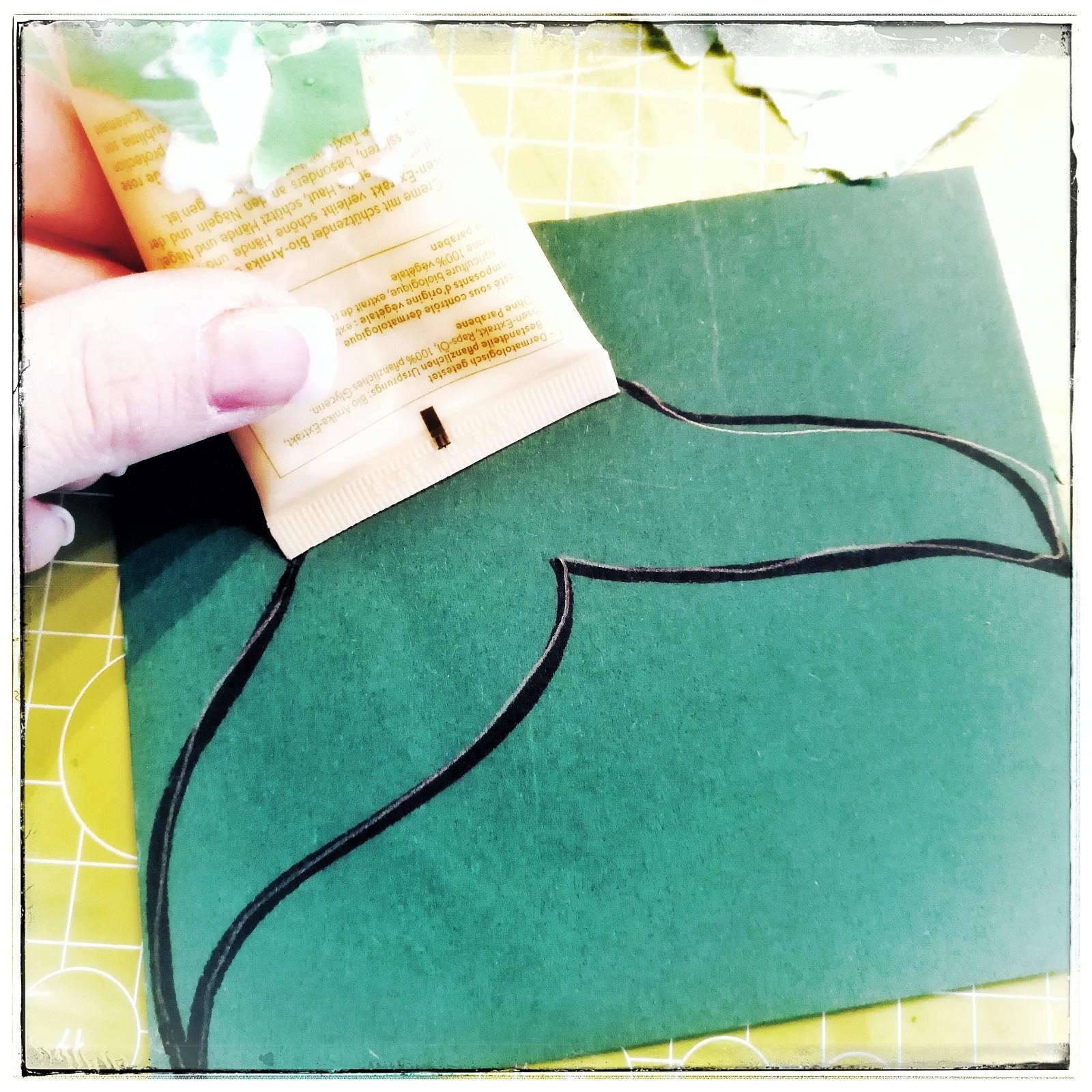 DIY Arielle - basteln mit alten Cremetuben - von knall bis bunt