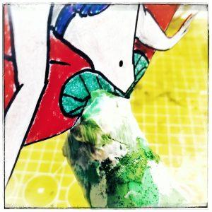 Arielle, Disney, basteln selber machen, selbstgebastelt, papier cremetube, schnipsel, farbe