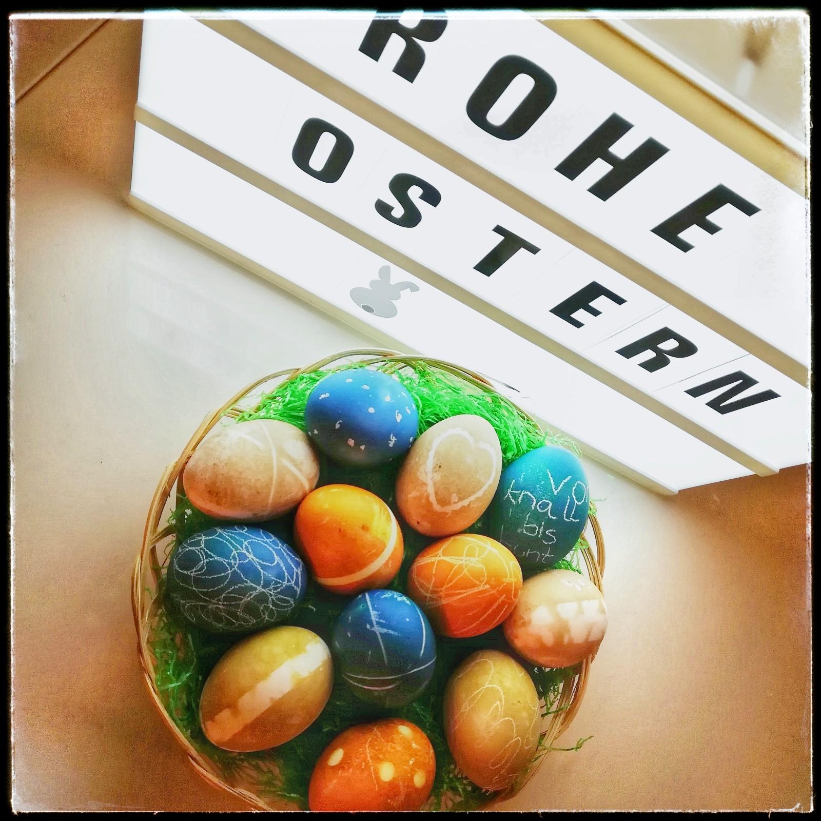 Eier färben - nach bunt kommt lecker - von knall bis bunt