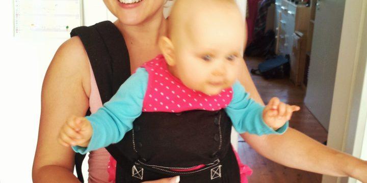 Baby im Fettweisgips – 10 wertvolle Tipps für Alltag und Pflege