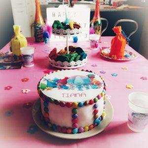 Trollsparty, Trollkuchen, Surprise-Inside-Cake, Geburtstagskuchen, Kindergeburtstag