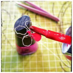 Nagellackblumen, Drahtblumen, Draht, Nagellack, basteln, DIY, selbstgemacht, einfach
