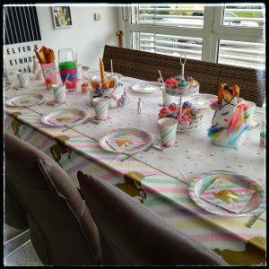 Kindergeburtstag Elfen Einhorn Einhörner Kinderparty Mottoparty Motto Geburstag Geburtstagsfeier Geburtstagskuchen Partyspiele Einhorntorte