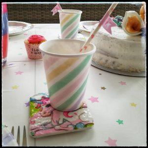 Kindergeburtstag Elfen Einhorn Einhörner Kinderparty Mottoparty Motto Geburstag Geburtstagsfeier Geburtstagskuchen Partyspiele Tischdeko