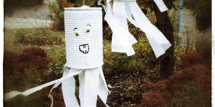 3 schnelle Halloween DIYs – Kürbisfratzen, Gespenster & Co